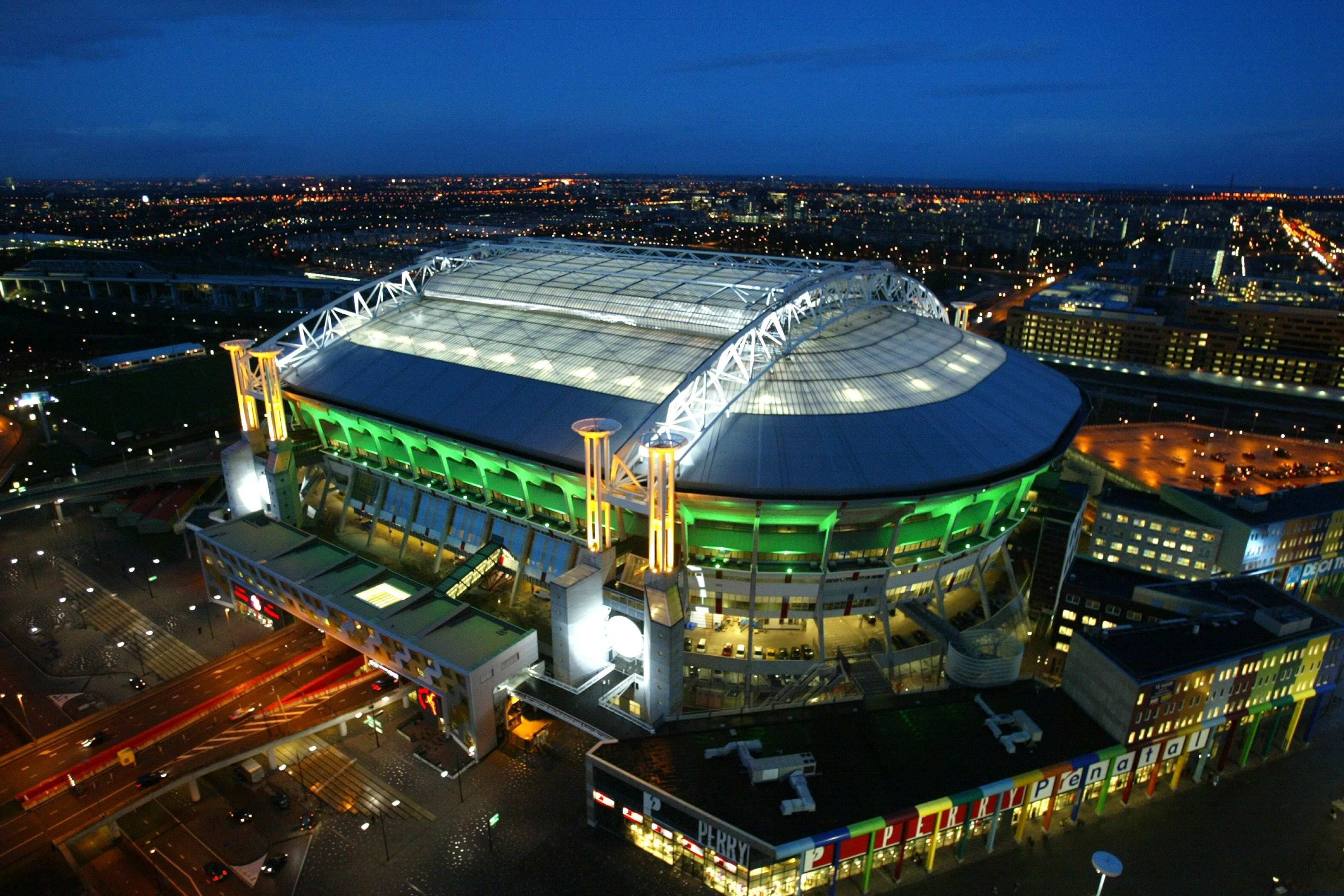 Football Stadium Hd Wallpapers Football Stadiums Soccer Stadium