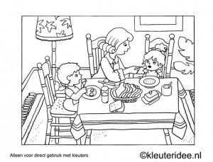 kleurplaat eten aan tafel