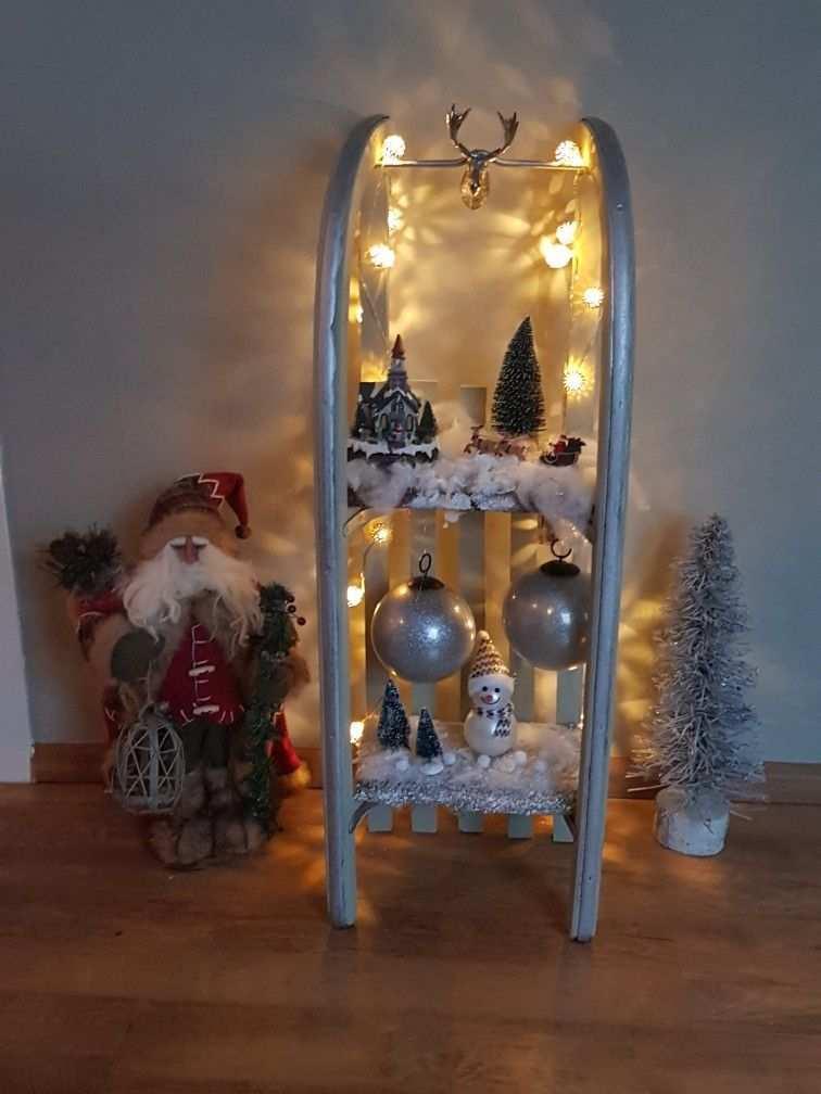 Een Oude Houten Slee In Kerst Sfeer Gepimpt Kerst Thuis Kerst