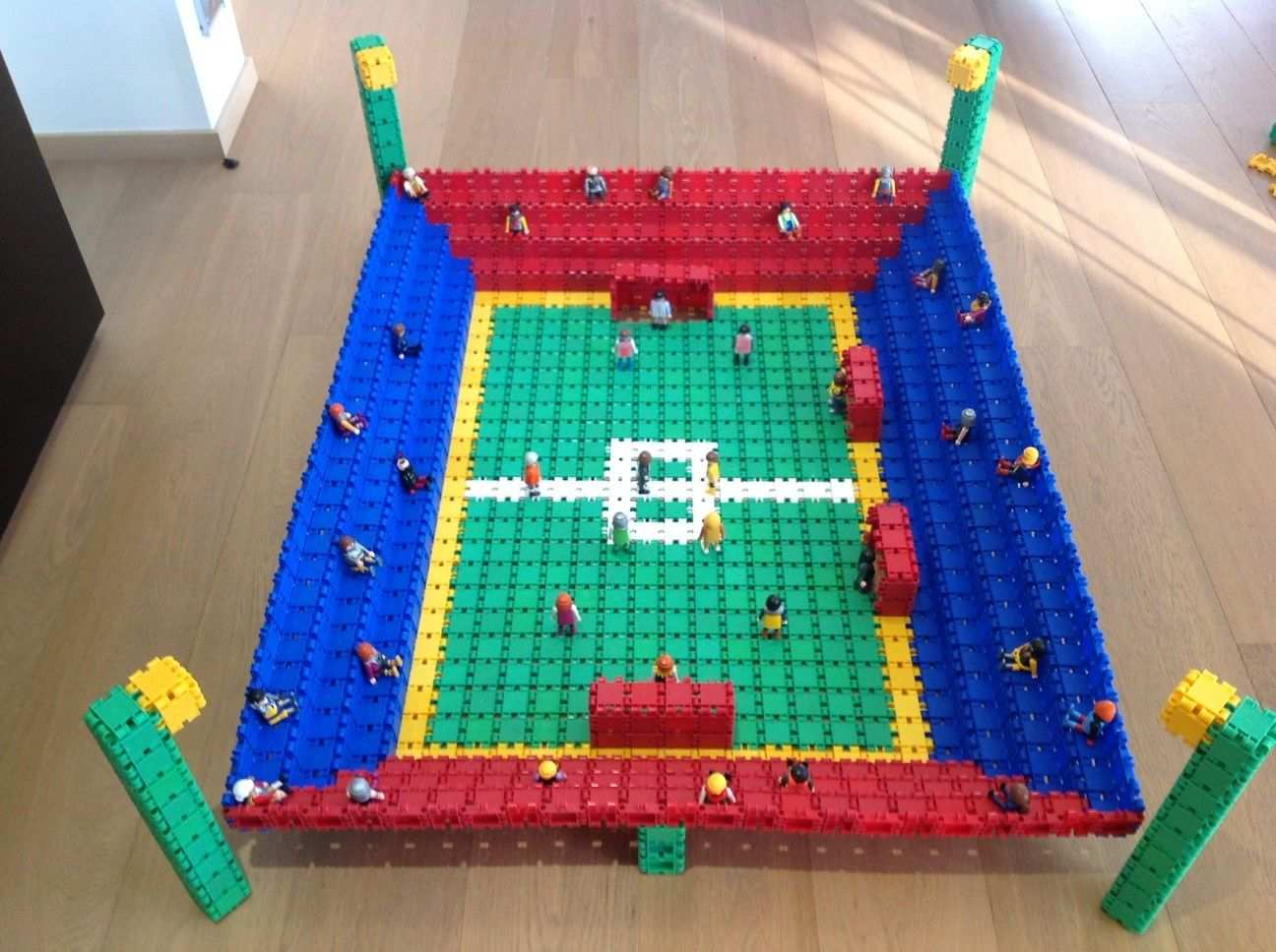 Beautiful Football Stadium Voetbalstadions Lego Ideeen Lego Duplo